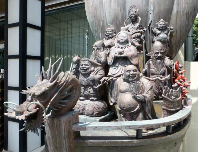 糸魚川/街かどb