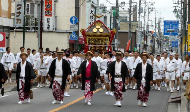 八雲神社神輿1