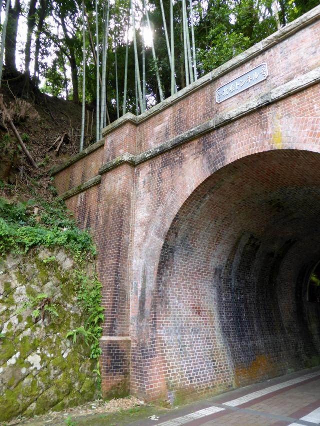 北吸トンネル2