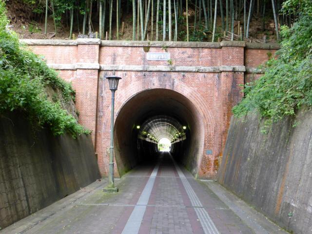 北吸トンネル8