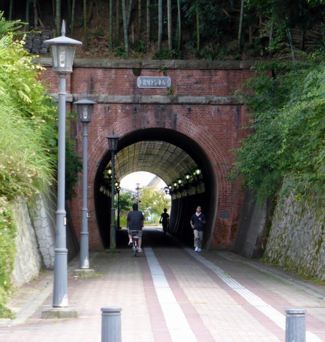 北吸トンネル9