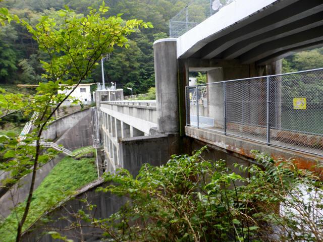 三滝ダム1