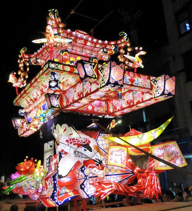 鍋島の行燈1