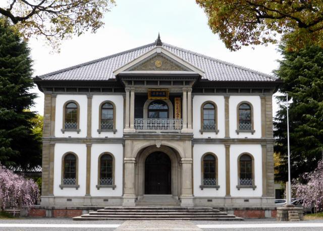 龍谷大学本館5