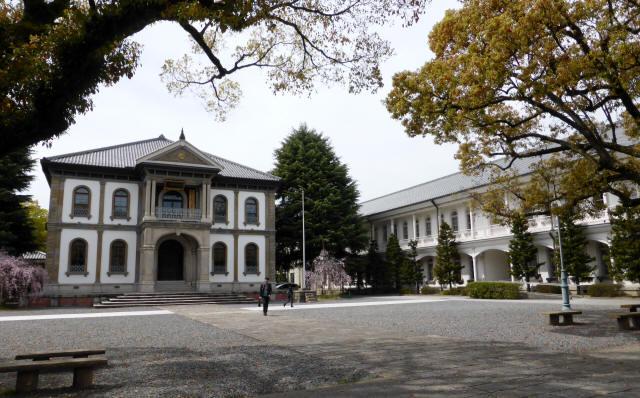 龍谷大学本館9