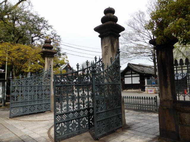 龍谷大学正門3