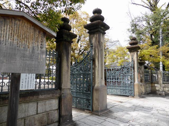 龍谷大学正門4