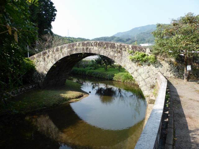 西寒田神社萬年橋2