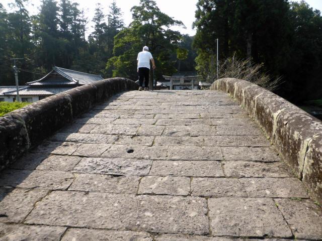 西寒田神社萬年橋8