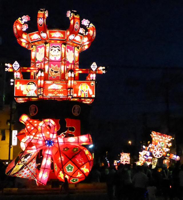 新富町の小行燈1