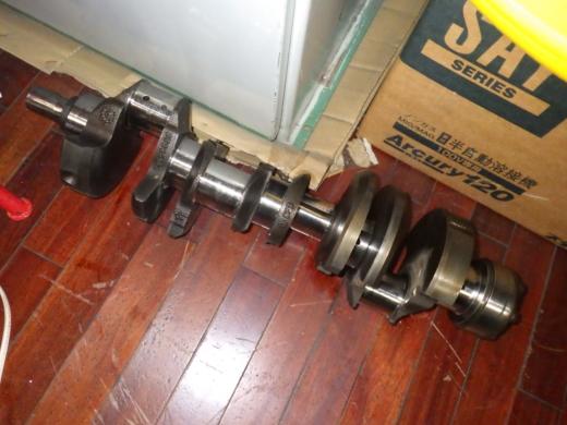 ガレージのテーブル (6)