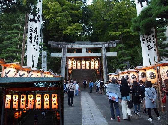 20161004二本松神社 (560x416)