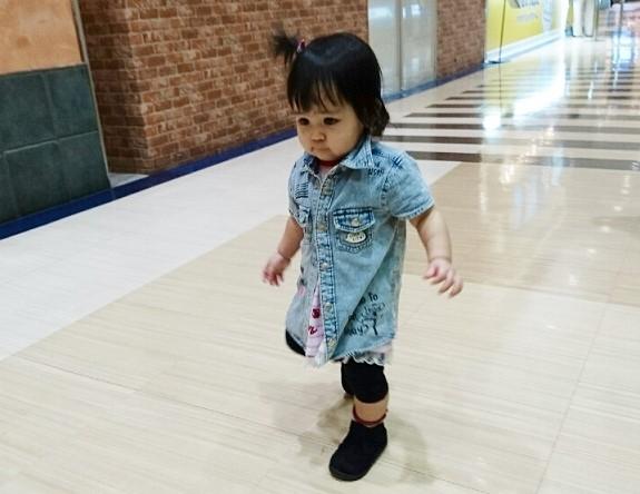 愛娘いちご 2足目ブーツで歩く!