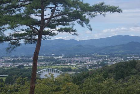 賢治記念館から眺める花巻市街 [32589]