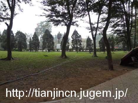 ハノイ レーニン公園のレーニン像2