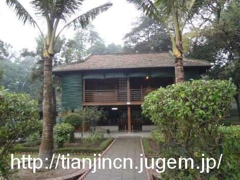 ハノイ ホーチミンの家(ホーおじさんの家) Nha San Bac Ho Chi Minh 胡志明主席故宮記念館6
