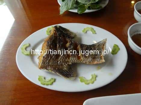 ハロン湾(世界遺産) hong hanh3で昼食2