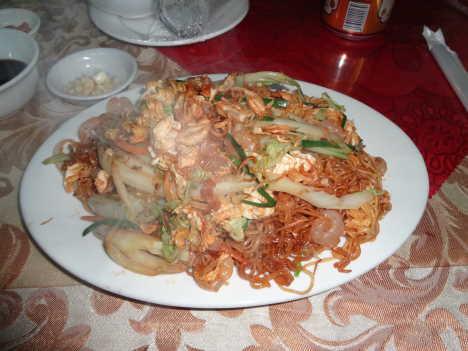 ハロン湾(世界遺産) バイチャイ やきそば@ホテル近くのコンビニの隣の中華料理レストラン2