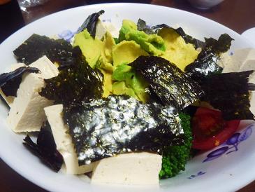 アボカドと豆腐海苔サラダ