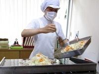160820イベント食オムソバ (3)