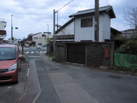寺道・泉町交差点