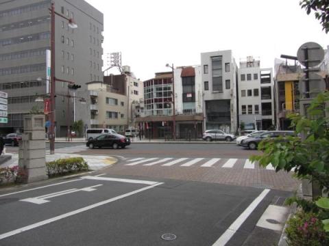 五社神社・諏訪神社参道入口