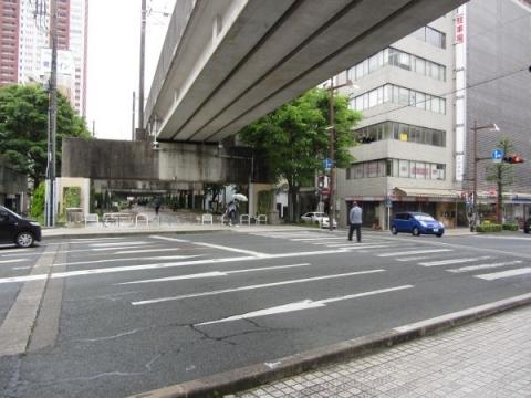 万年橋と新川