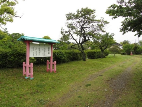 遠江国分寺 回廊跡
