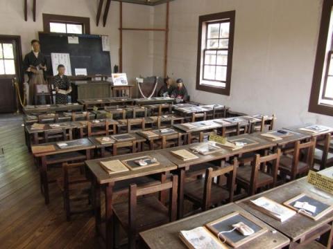旧見付学校