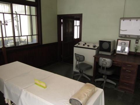 旧澤野医院診察室