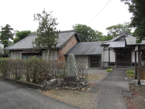 東光寺と成田山遥拝所
