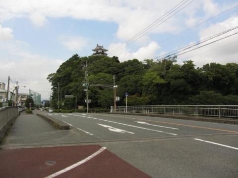 松尾橋と掛川城