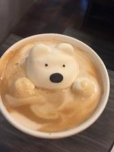 雲行き怪しい白熊くん④