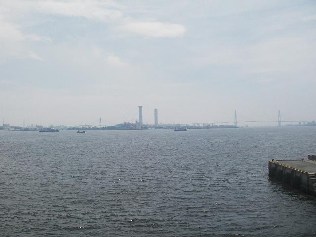 ポートブリッジから名港トリトンを望む201607