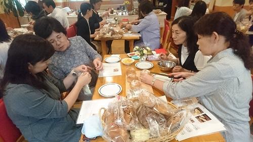 2016_0923タカキベーカリー工場見学学習 (21)s