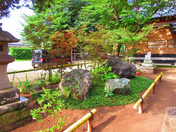 奉納庭石の庭完成