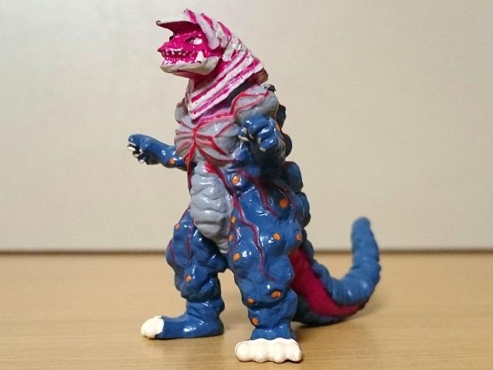 ウルトラマンティガ怪獣 ティガモンスター超全集 ゴルザ(強化)0