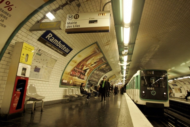 6171333_metro-quai-illustr-lp-lavieille.jpg