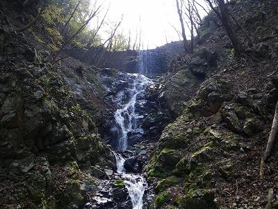 水沢最初の滝