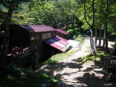 山上辻の山小屋