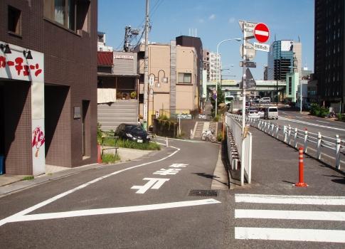 P805020富ヶ谷川①