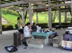 鏡山公園でアコーディオン20160714-3