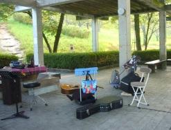 鏡山公園でアコーディオン20160813-1