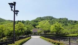 鏡山公園でアコ20160524-2