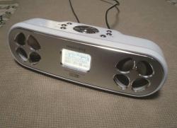 ポータブルFM&SDプレーヤーミュージック・ドッグDSS-3000