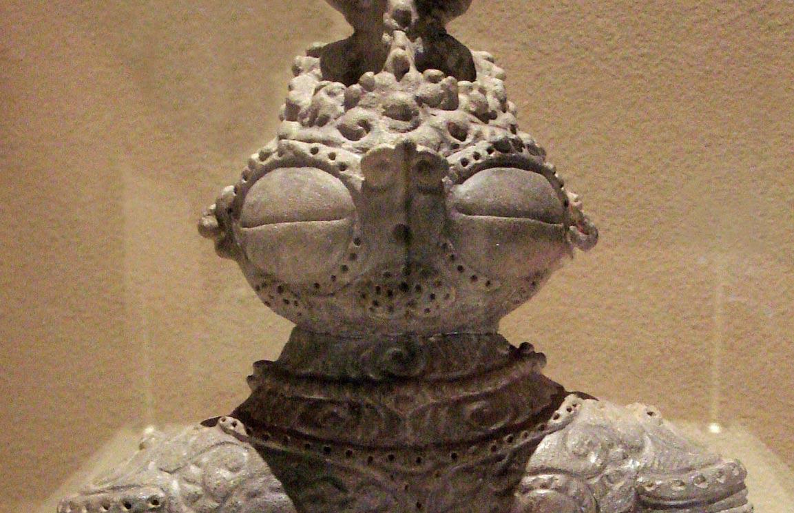 Jomon-dogu-statue.jpg
