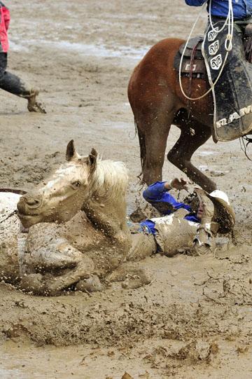 blog 24 D3S Oakdale Rodeo, Bareback Bronco 3-2_DSC5236-4.10.16.(2).jpg