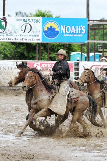 blog 24 D3S Oakdale Rodeo, Bareback Bronco 6, Kyle Bowers (69 Drayton Valley, AB) 2_DSC5338-4.10.16.(2).jpg