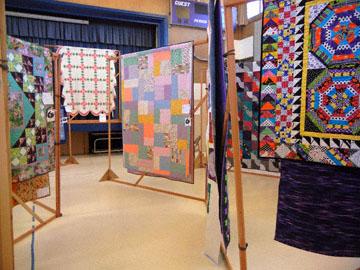 blog Fort Bragg Quilt Show_DSCN2716-6.25.16.jpg