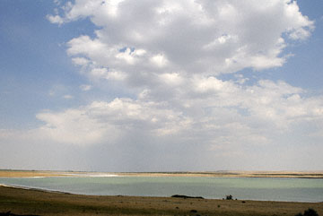 blog TAKE 93 To Yellowstone, 89S, Sky & Pond near Dunes_26877-8.4.07.jpg